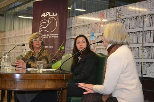 Participação no Primer coloquio de profesores de literatura del Uruguay.